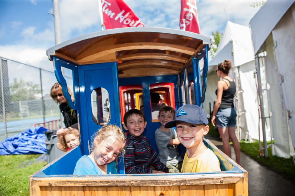 festi-train_tim-hortons